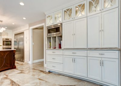 Kitchen Cabinet Door Beachwood Blvd Beachwood